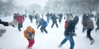 Snowball-fight01.jpg - Primorye24.Ru